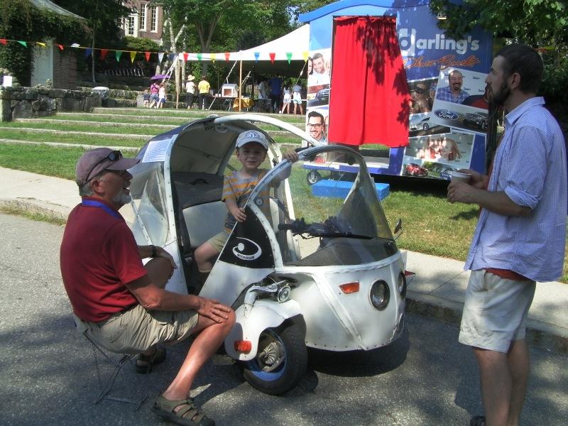 Jory Squibb's DIY MoonBeam car